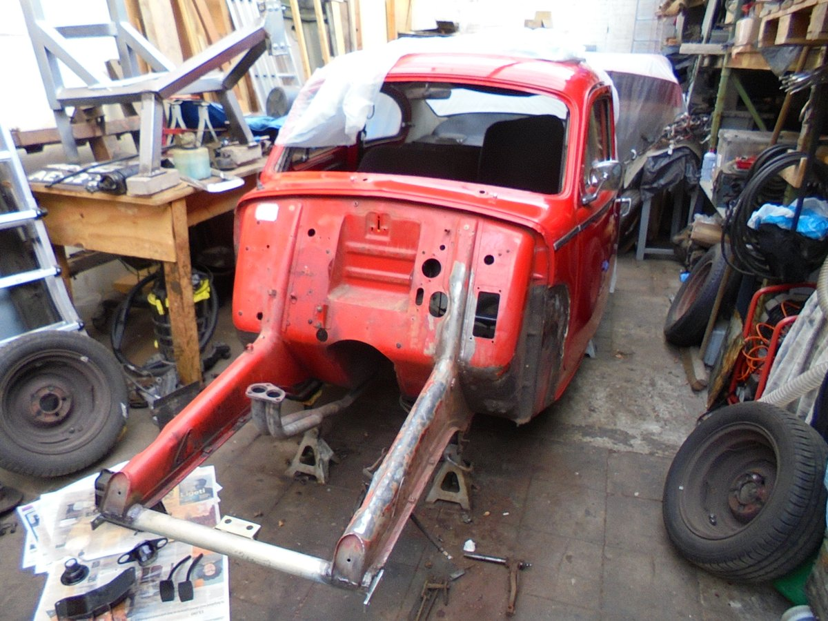 1961 Volvo pv544 chassis almost stripped.JPG