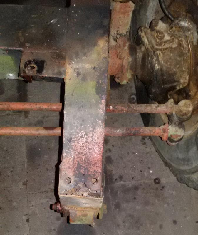 1965 series 2a front chassis damage on lhs rail.jpg