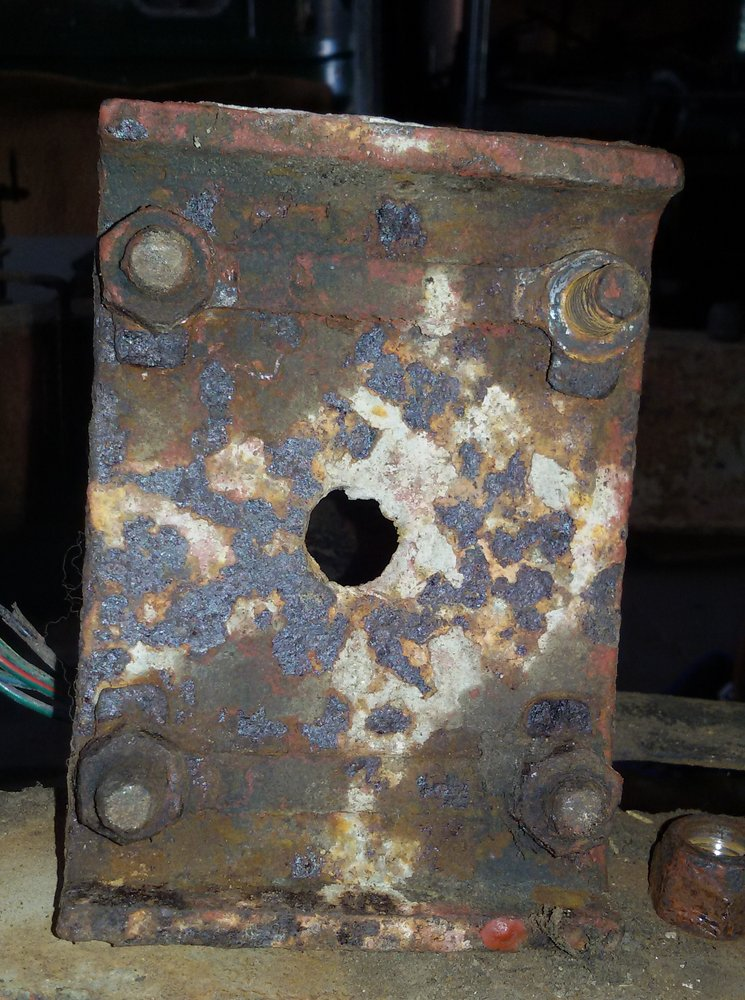 1965 series 2a station wagon rear spring anchor plate rhs removed2.jpg
