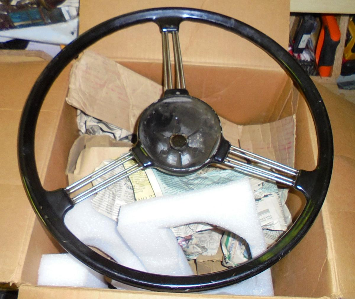 1965 Series 2a station wagon replacement steering wheel.JPG