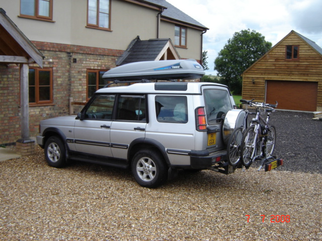 and mount tire ski wall rack racks landrover rover full vs image carrier roof discovery spare for bikes bike land crossbars