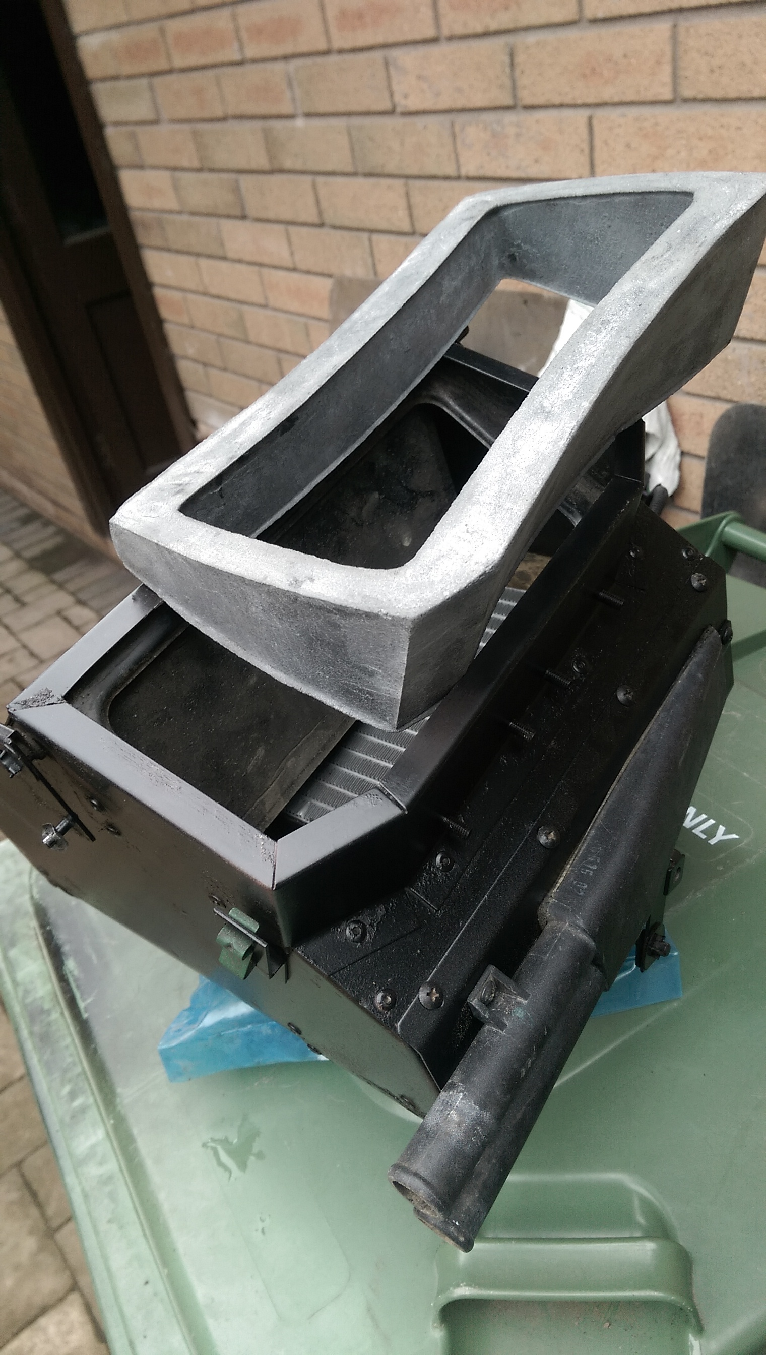 Land Rover Defender 110 >> TD5 heater box seal | LandyZone - Land Rover Forum