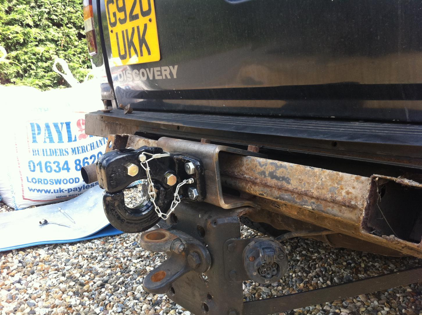 hitch land img recovery shown rear external with rover blog technical plate on crossmember spreader nato landrover