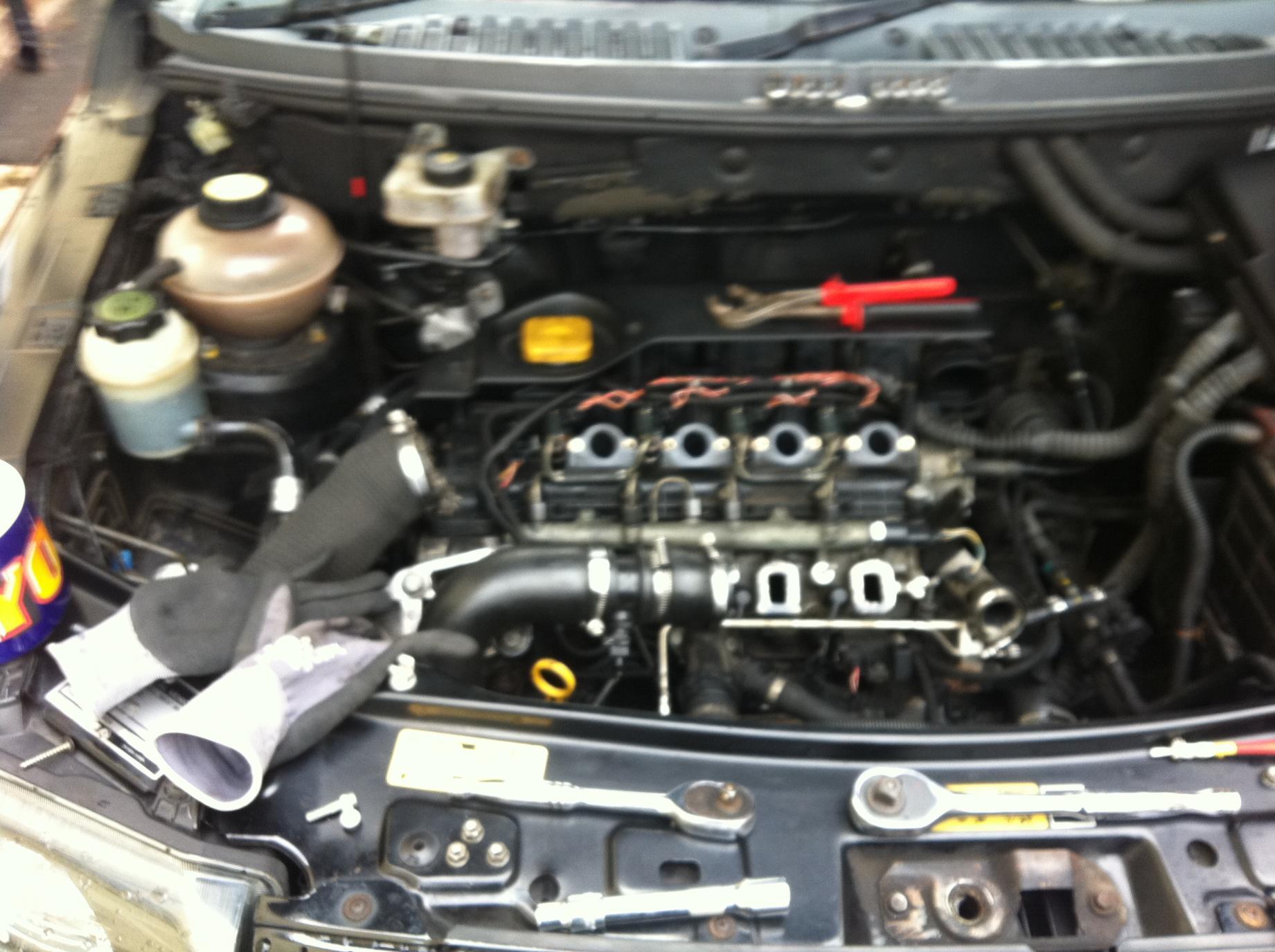 Boost pressure sensor (map sensor) fitting | LandyZone - Land Rover