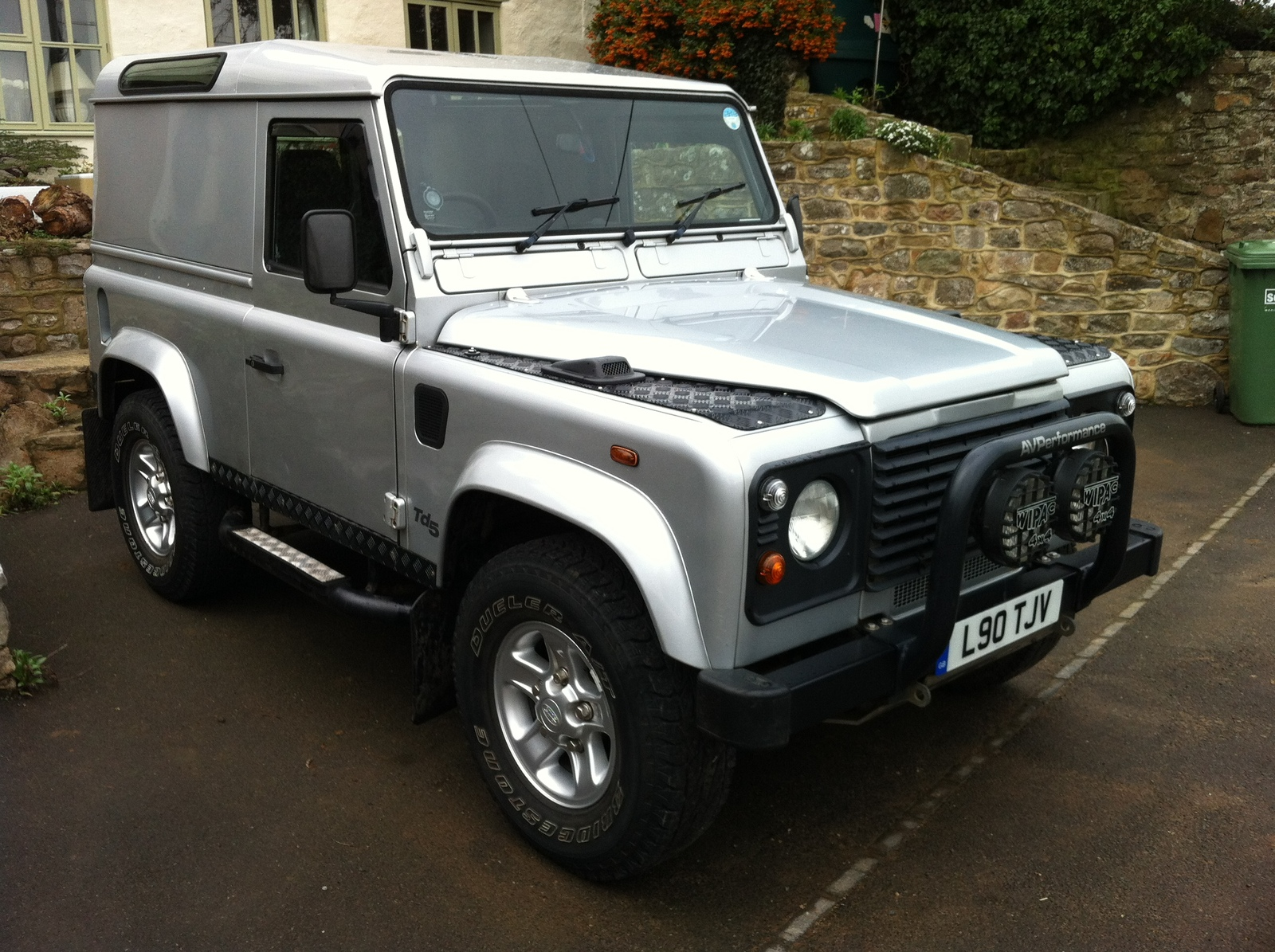 2002 Defender 90 TD5 Country For Sale