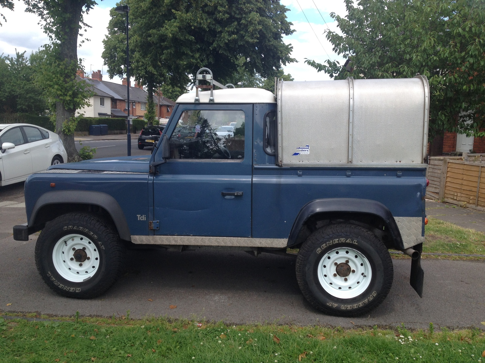 Defender 90 Pickup Stolen From Birmingham Landyzone Land Rover Forum Pick Up Img 0689
