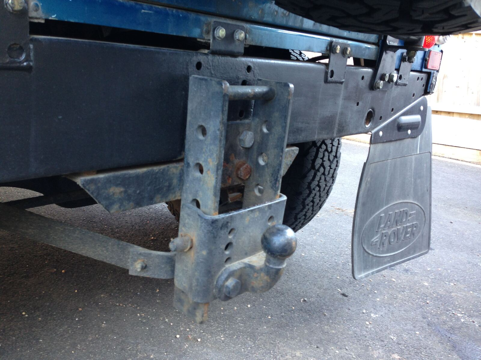 page landrover land installing our evoque for package towing forum hitch accessories rover
