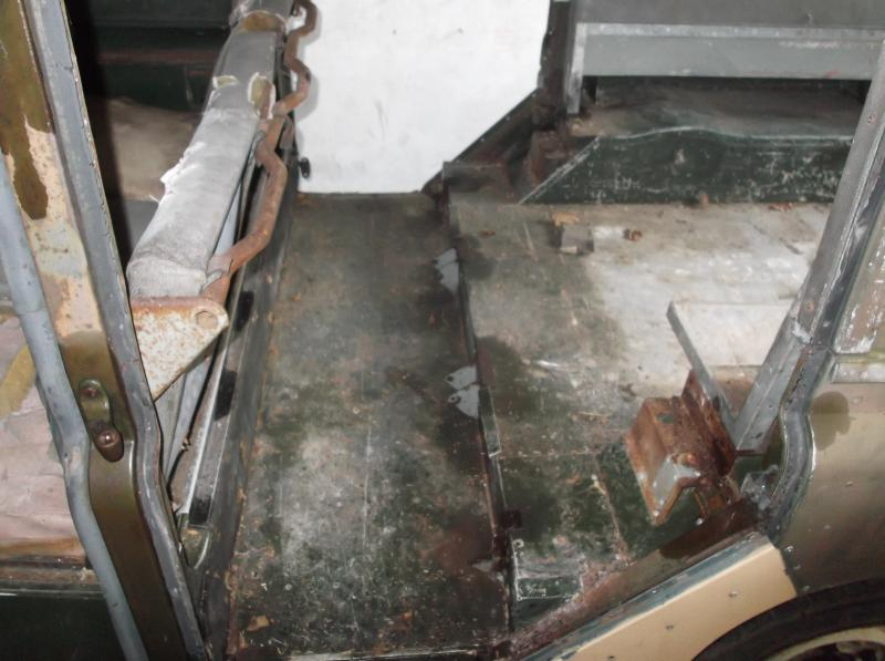 Land Rover series 2a station wagon rear seats out.JPG