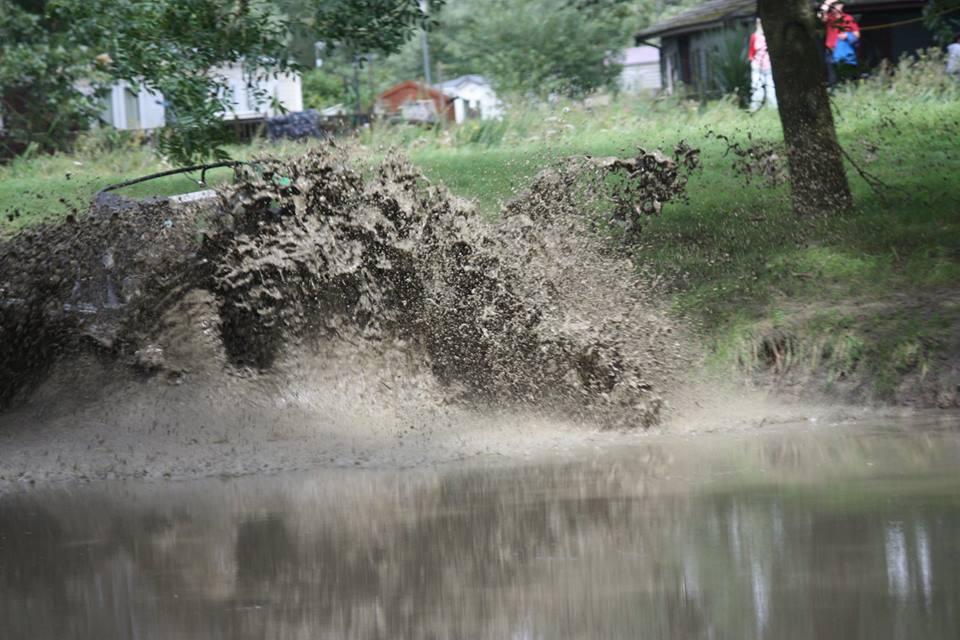 muddy hole.jpg