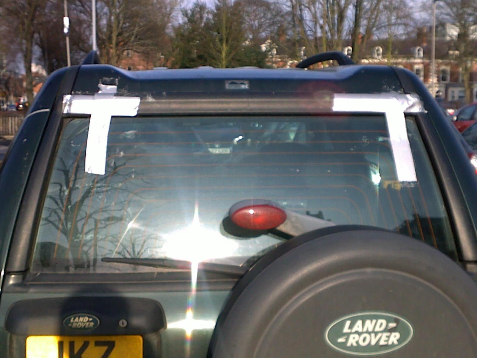 Repair A Tail Door Window Regulator Landyzone Land Rover Forum 2004 Freelander Engine Diagram Oi Nooooo
