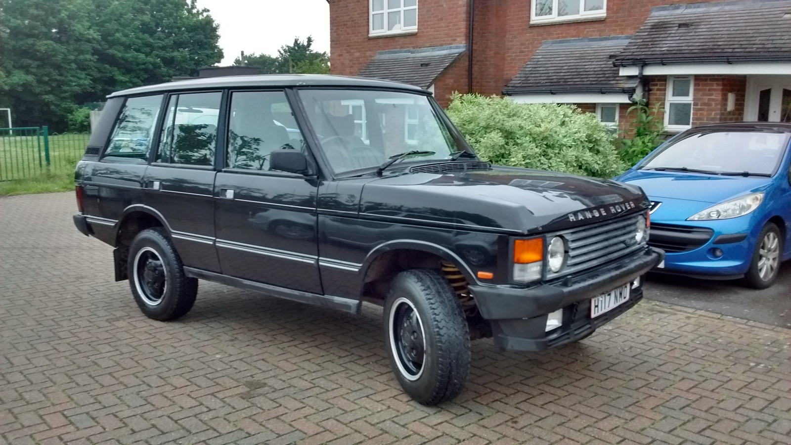 range rover classic 1990 vogue se 3 9 black landyzone. Black Bedroom Furniture Sets. Home Design Ideas