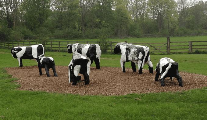 Replica-Concrete-Cows.png
